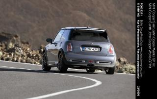2006_mini_gp_rear_cornering_2